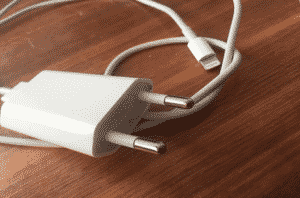 10 Best Fast Charging Power Adapters for iPhone