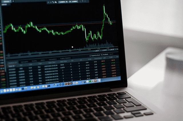 laptop terbaik untuk perdagangan forex