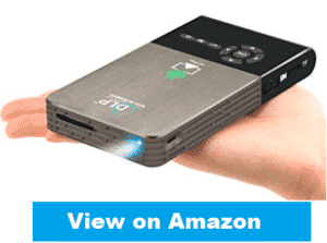cangsiki pocket projector in hand