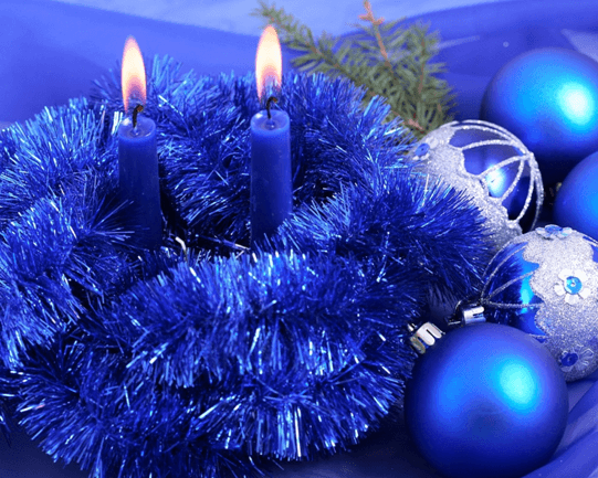 wallpaper image showing candles in blue theme