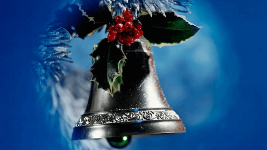 free desktop backround showing christmas-bell with green leaves